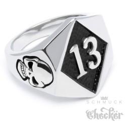 Lucky 13 Ring aus Edelstahl silber Glückszahl Glück Pech Totenkopf Bikerring